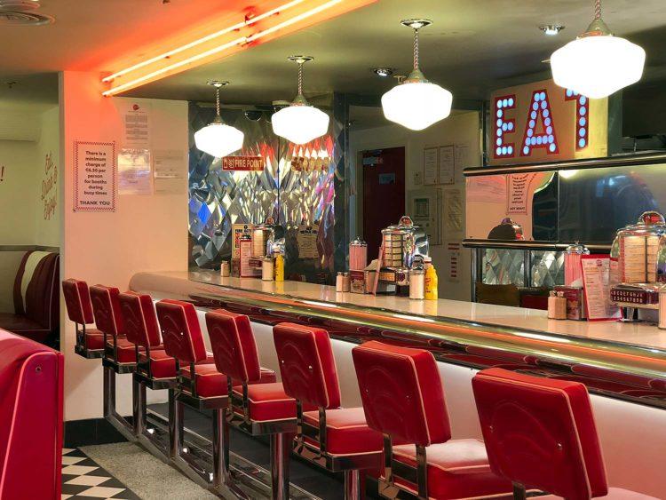 eddie rockets restaurant